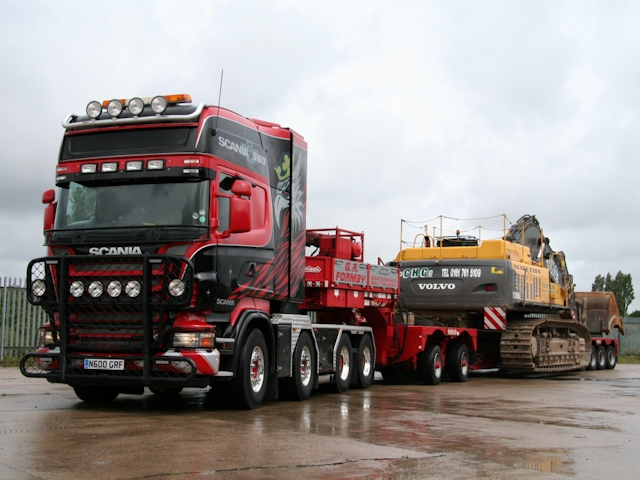 Heavy Haulage, Abnormal Loads Escort Service - Cranage Haulage Ltd